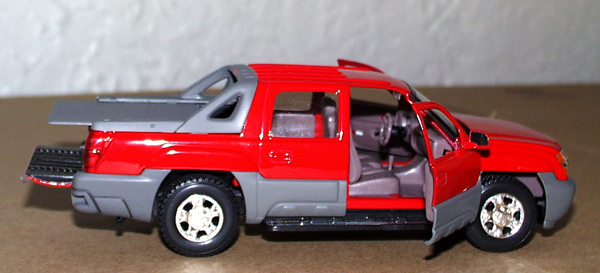 DIE CAST MOD... 2002 Chevy Avalanche